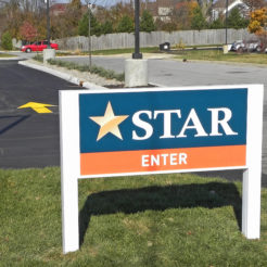 star_14-and-scott-road_wayfinding-signage-exterior